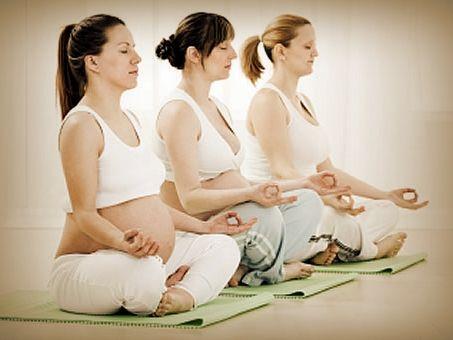"""yoga-embarazadas1 Seminario Kundalini Yoga """"Embarazo Feliz"""""""