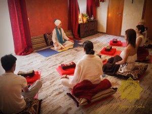 6-300x225 Curso de yoga, fiesta original, clase meditación terrassa