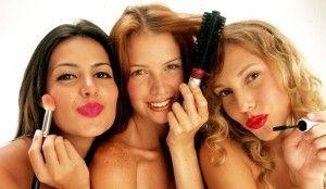 Beauty-Party-la-moda-de-las-sesiones-de-belleza-entre-amigas1-e1352303904163-300x174 Beauty-Party-la-moda-de-las-sesiones-de-belleza-entre-amigas1-e1352303904163