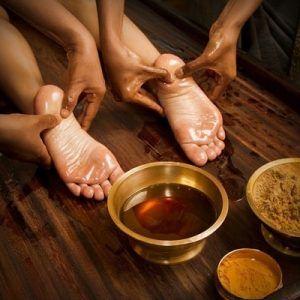 masaje-Ayurveda_opt-300x300 Masajes y tratamientos Ayurvédicos