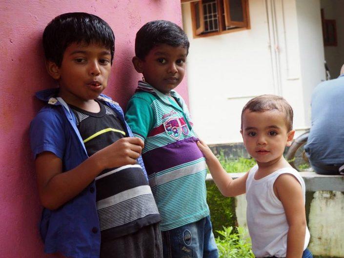 14102390_10209838459669385_2197875923650809536_n-705x529 Viajes a India