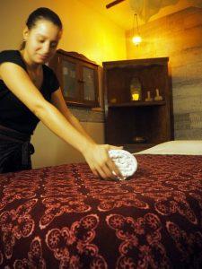 P1010179_opt-225x300 Masajes Terrassa, Barcelona