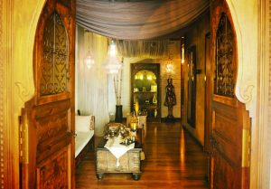 sala-del-te-puerta-300x209 Sala té Kainis rituals