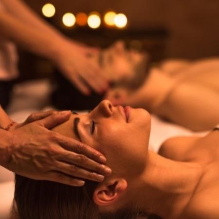MASAJE-PAREJA-450x450 Massatges i Rituals en Pareja